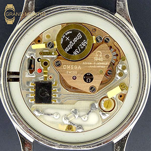Complete services quartz watches